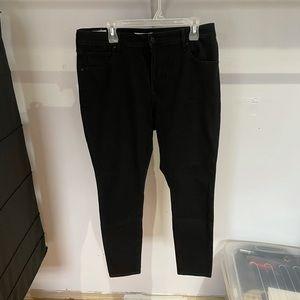 Levi's women's black jeans. Size 14W